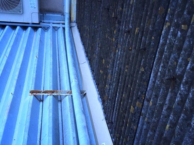 屋根防水と太陽光パネルの遮熱